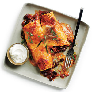 black-bean-cheese-enchiladas-ranchero-sauce-l