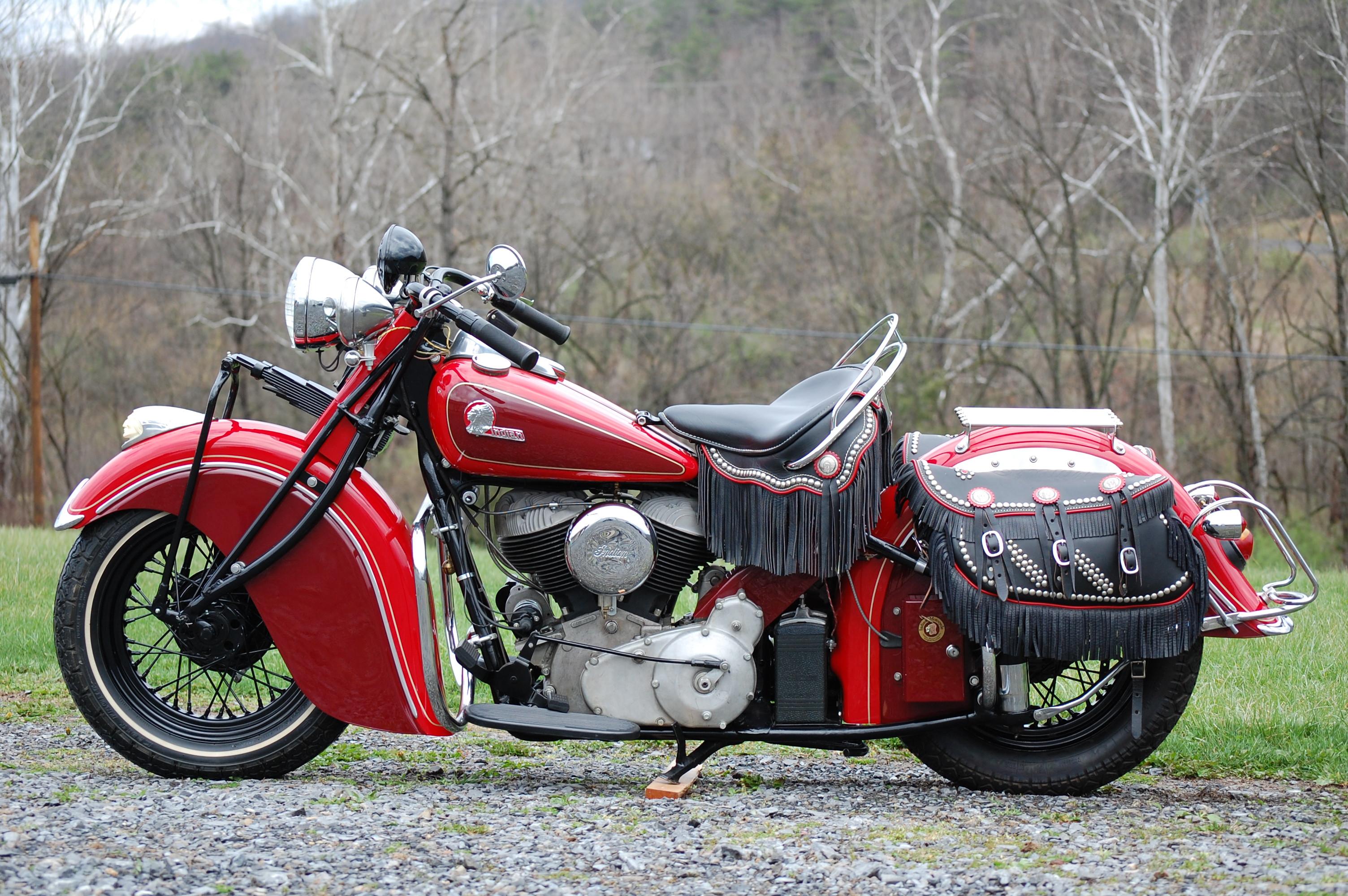 top 10 vintage motorcycles. Black Bedroom Furniture Sets. Home Design Ideas