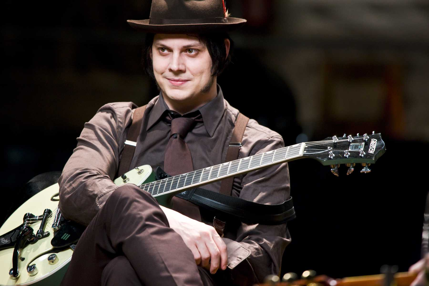 Jack-White-57th-grammy-awards